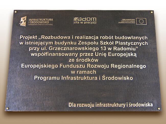 Obowiązek umieszczenia tablicy unijnej